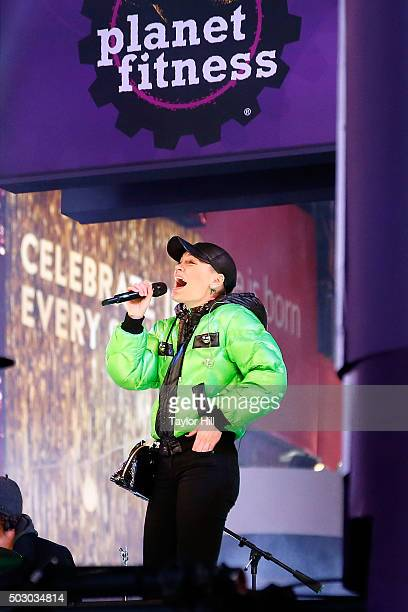 Jessie J rehearses at Univision at Times Square on December 31 2015 in New York City