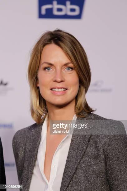 Jessy Wellmer Fernsehmoderatorin Deutschland Berlin Politik und Medien trifft sich beim ARDHauptstadttreff 2017
