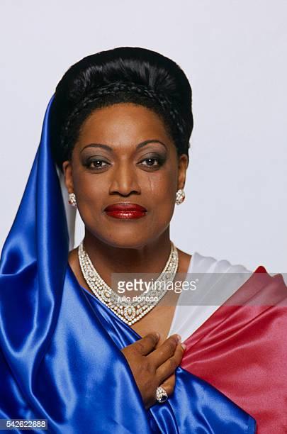 Jessye Norman prepares to perform at a Bicentennial celebration in Paris