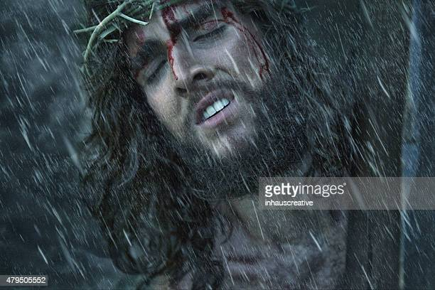jesus carrying the cross - jesus christ stock pictures, royalty-free photos & images