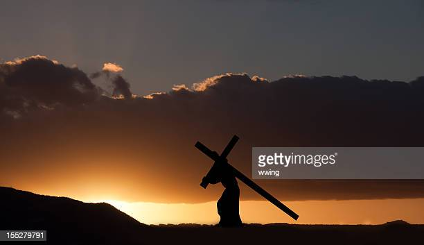 jesus christ carrying the cross - images of jesus on the cross at calvary stock pictures, royalty-free photos & images