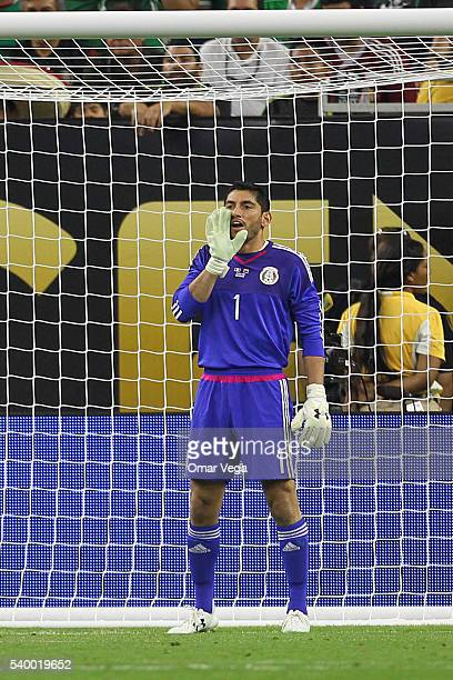 Jesus Corona goalkeeper of Mexico shouts to his teammates during a group C match between Mexico and Venezuela at NRG Stadium as part of Copa America...