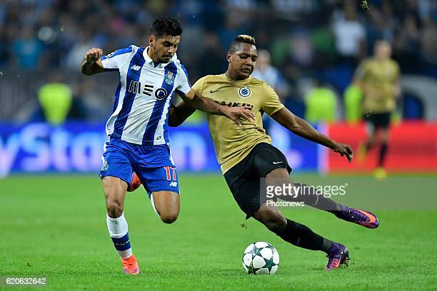 Jesus Corona of FC Porto in duel with Jose Izquierdo forward of Club Brugge during the Champions League Group H stage match of FC Porto against Club...