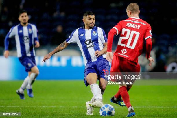Jesus Corona of Porto, Vladislav Ignatyev of Lokomotiv Moscow during the UEFA Champions League match between FC Porto v Lokomotiv Moscow at the...