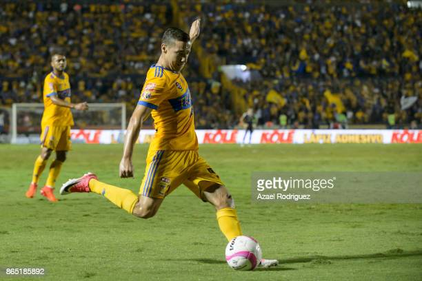 Jesus Dueñas of Tigres kicks the ball during the 14th round match between Tigres UANL and Toluca as part of the Torneo Apertura 2017 Liga MX at...