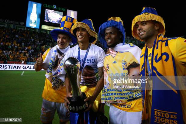 Jesus Duenas Francisco Meza Enner Valencia and Luis Rodriguez of Tigres pose for a photo after winning the final second leg match between Leon and...