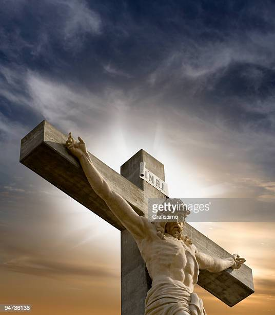jesus hanging on the cross - the crucifixion stock pictures, royalty-free photos & images