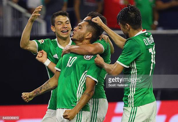 Jesus Manuel Corona of Mexico celebrates a second half goal with his teammates during the 2016 Copa America Centenario Group match between Mexico and...