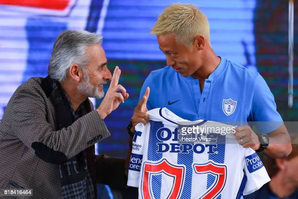 Jesus Martinez President of Pachuca and Keisuke Honda of Pachuca gestures during a press conference to unveil Pachuca's new signings at Universidad...