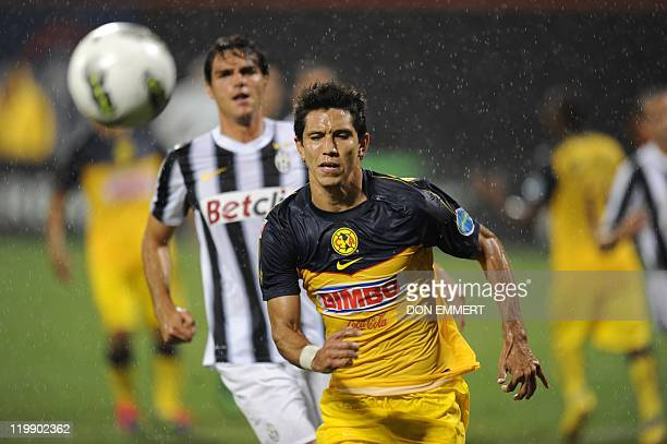 Jesus Molina of Club America moves the balll during the Herbalife World Football Challenge match against Juventus on July 26 2011 at Citi Field in...