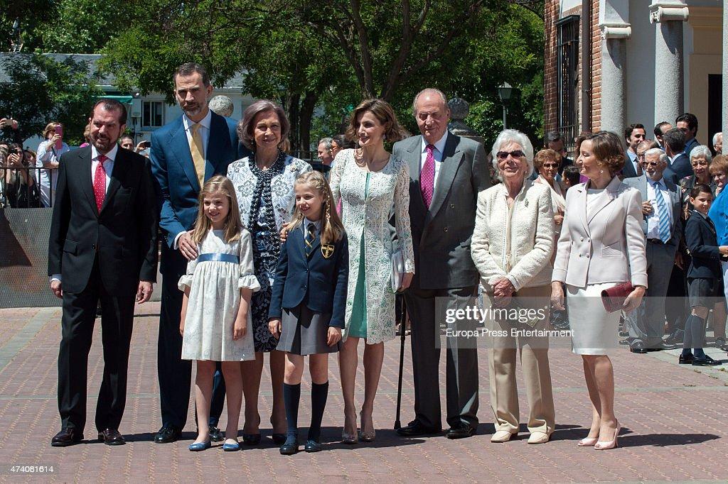 Jesus Ortiz, King Felipe VI of Spain, Princess Sofia of Spain, Queen Sofia, Princess Leonor of Spain, Queen Letizia of Spain, King Juan Carlos, Menchu Alvarez del Valle and Paloma Rocasolano attend the First Communion of Princess Leonor of Spain on May 20, 2015 in Madrid, Spain.
