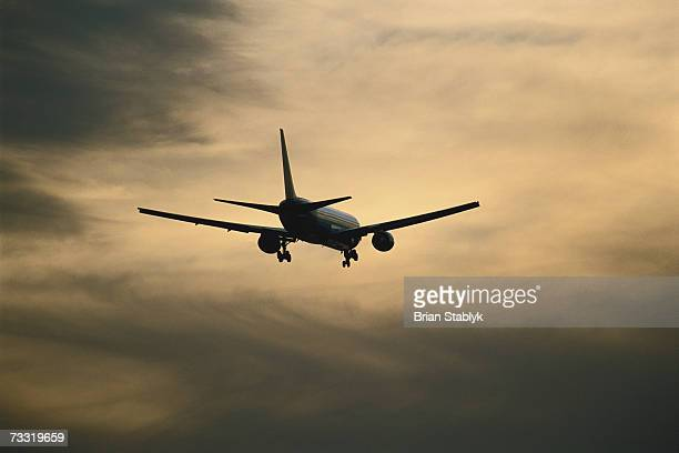 jet aircraft landing, low angle view - generic location stock pictures, royalty-free photos & images