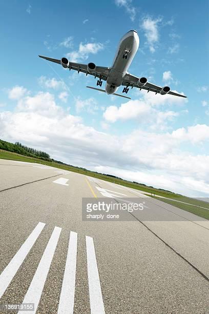XXL-jet Passagierflugzeug Landung