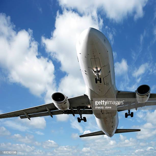 jet airplane landing - airbus a320 stock pictures, royalty-free photos & images