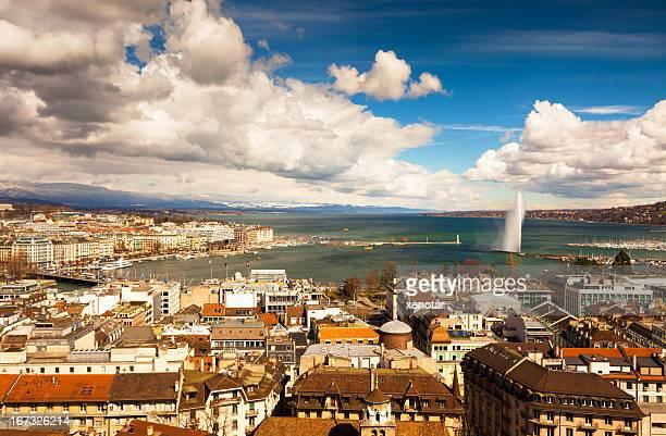 Jet D'eau and Geneva cityscape
