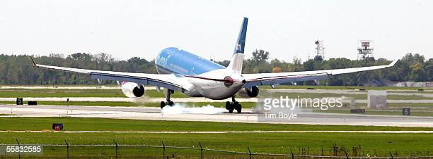 BMI jet lands at O'Hare International Airport September 30 2005 in Chicago Illinois The Federal Aviation Administration today gave the City of...