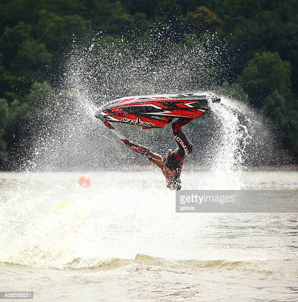 Jet ski en freestyle.