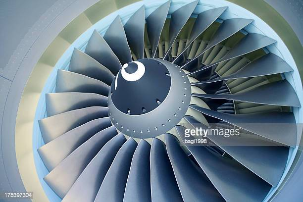 jet turbine - boeing 737-800 - propeller stock pictures, royalty-free photos & images