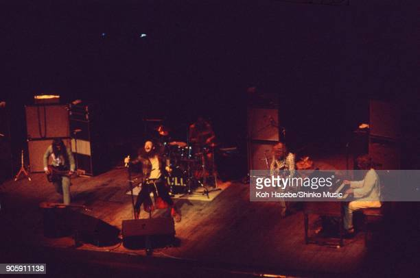 Jethro Tull live at Shinjyuku Koseinenkin Kaikan Hall July 19 Tokyo Japan Ian Anderson Martin Barre Jeffrey Hammond Barriemore Barlow John Evan