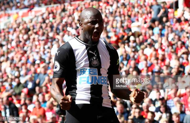Jetro Willems of Newcastle United celebrates after scoring his team's first goal during the Premier League match between Liverpool FC and Newcastle...