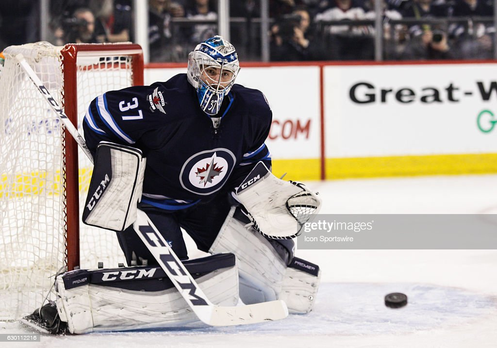 NHL: DEC 15 Panthers at Jets : News Photo