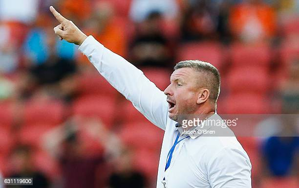 Jets manager Mark Jones during the round 14 ALeague match between the Brisbane Roar and the Newcastle Jets at Suncorp Stadium on January 7 2017 in...