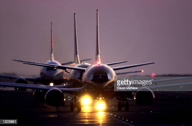 Jets taxi after sunset June 21 2001 at Los Angeles International Airport The airport had the highest number of nearcollisions among the nation''s...