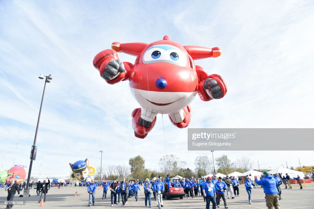 Jett from Super Wings debuts as a giant balloon during Macy's Balloonfest ahead of the 91st Annual Macy's Thanksgiving Day Parade on November 4, 2017 in East Rutherford City.