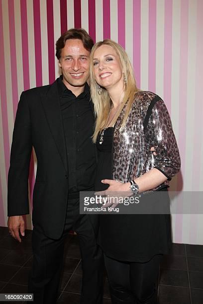 Jette Joop Und Ehemann Christian Elsen Bei Der Vernissage Der Montblanc Kulturstiftung In Der Hamburger Kunsthalle In Hamburg