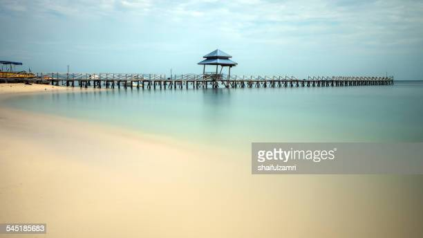 jetty at mabul, malaysia - shaifulzamri stock pictures, royalty-free photos & images
