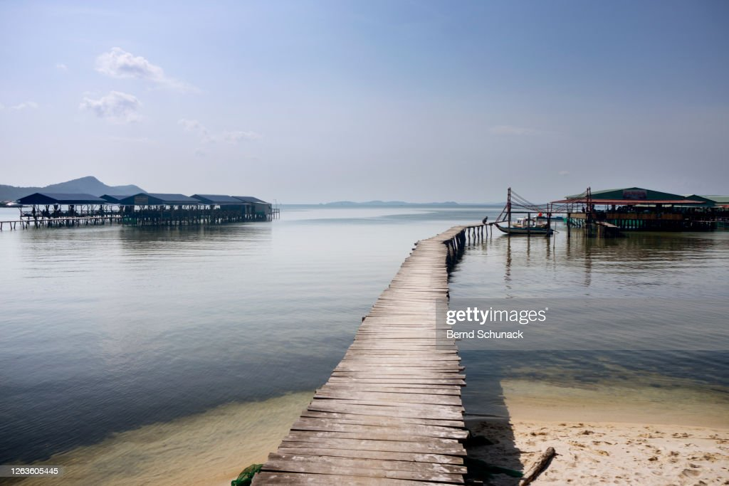 A jetty at Starfish Beach on the island of Phu Quoc : Stock Photo