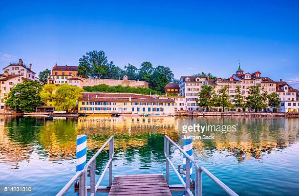 Bootssteg an der Limmat in Zürich