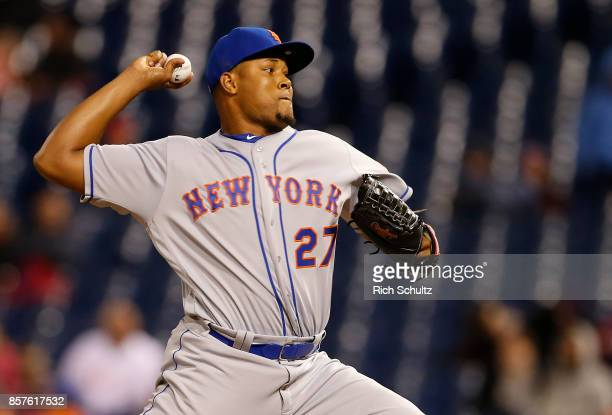 Jeurys Familia of the New York Mets in action against the Philadelphia Phillies during a game at Citizens Bank Park on September 30 2017 in...