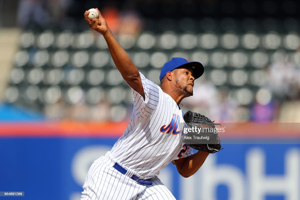 Jeurys Familia #27 of the New York Mets pitches during the game against the Atlanta Braves at Citi Field on Thursday, May 3, 2018 in the Queens borough of New York City.