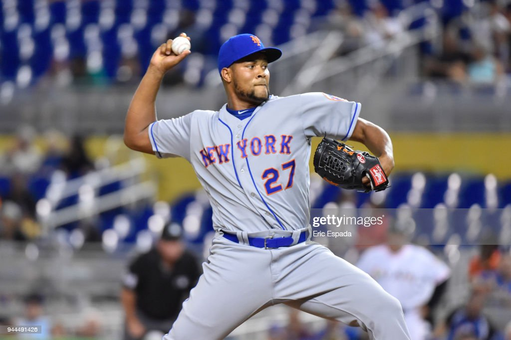 Jeurys Familia #27 of the New York Mets throws a pitch during the ninth inning against the Miami Marlins at Marlins Park on April 10, 2018 in Miami, Florida.