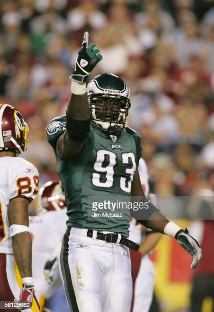 Jevon Kearse of the Philadelphia Eagles points to the crows during the game against the Washington Redskins on November 6 2005 at Fed Ex Field in...
