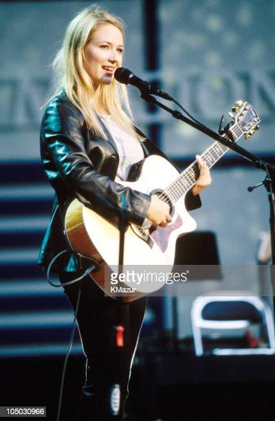 Jewel during Net Aid - October 9, 1999 at Giants Stadium in Meadowlands, New Jersey, United Kingdom.