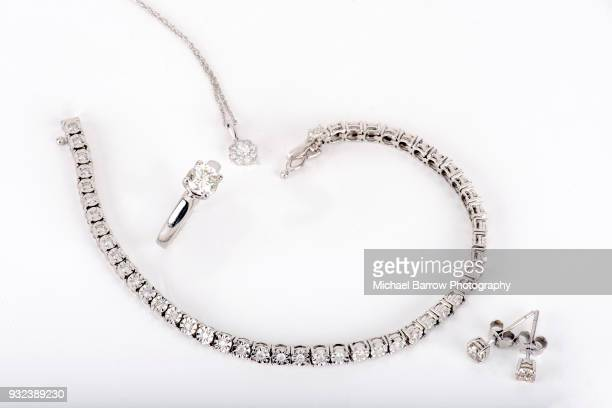 jewellery shot in studio - diamond necklace stock pictures, royalty-free photos & images