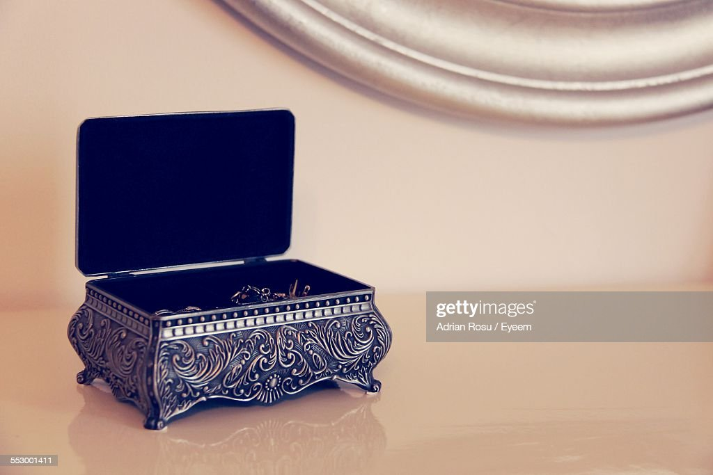 Jewelry Box On Table At Home : Stockfoto
