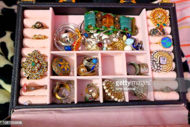 jewelry box - jewelry box stock pictures, royalty-free photos & images