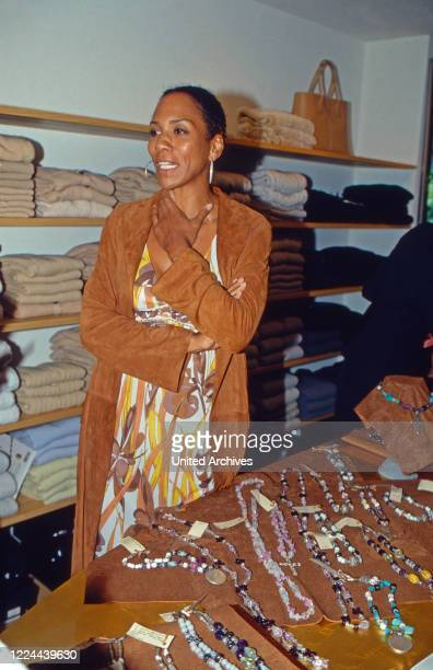 Jewelry designer Barbara Becker presenting her bling jewelry collection at a boutique in Duesseldorf, Germany, 2002.