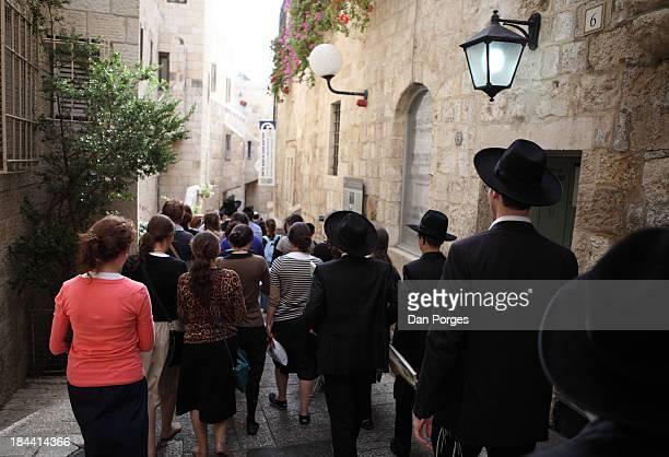 Jewish Crowd