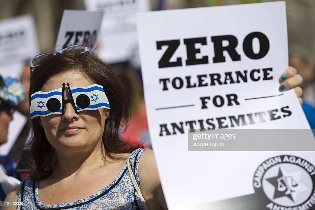 BRITAIN-ISRAEL-JEWS-PROTEST-ANTI SEMITISM : News Photo