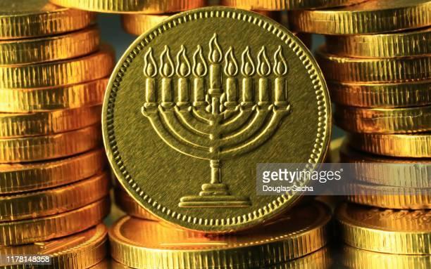 jewish hanukkah gelt (chanukah gelt) - menorah stock pictures, royalty-free photos & images