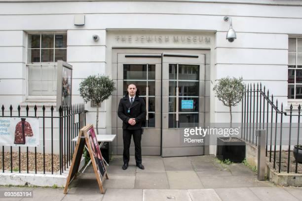 judiska museet i london från gatan. - judiskt museum bildbanksfoton och bilder