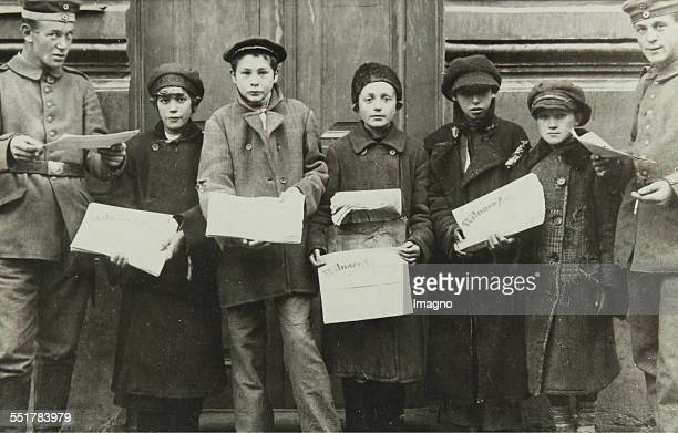 Jewish newspaper delivers of the German 'Vilna newspaper' during the German occupation in First World War in Vilna 1915 Photograph