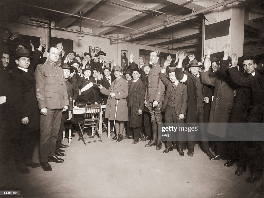 100 Jewish recruits are sworn into the British Army during World War I, circa 1917. After the war, they will serve in Palestine as part of the Zionist movement.