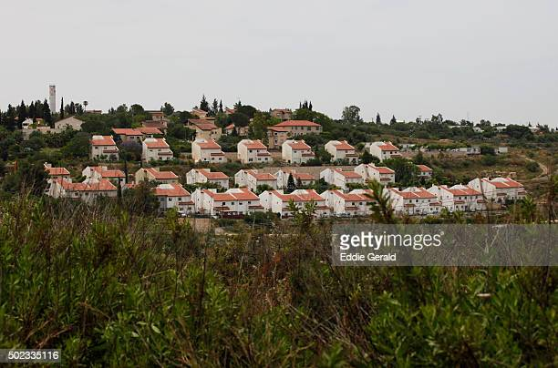 jewish settlement in the west bank - west bank stock pictures, royalty-free photos & images