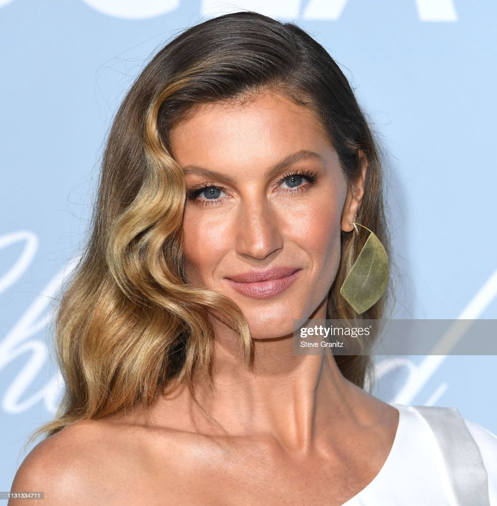 2019 Hollywood For Science Gala - Arrivals : News Photo