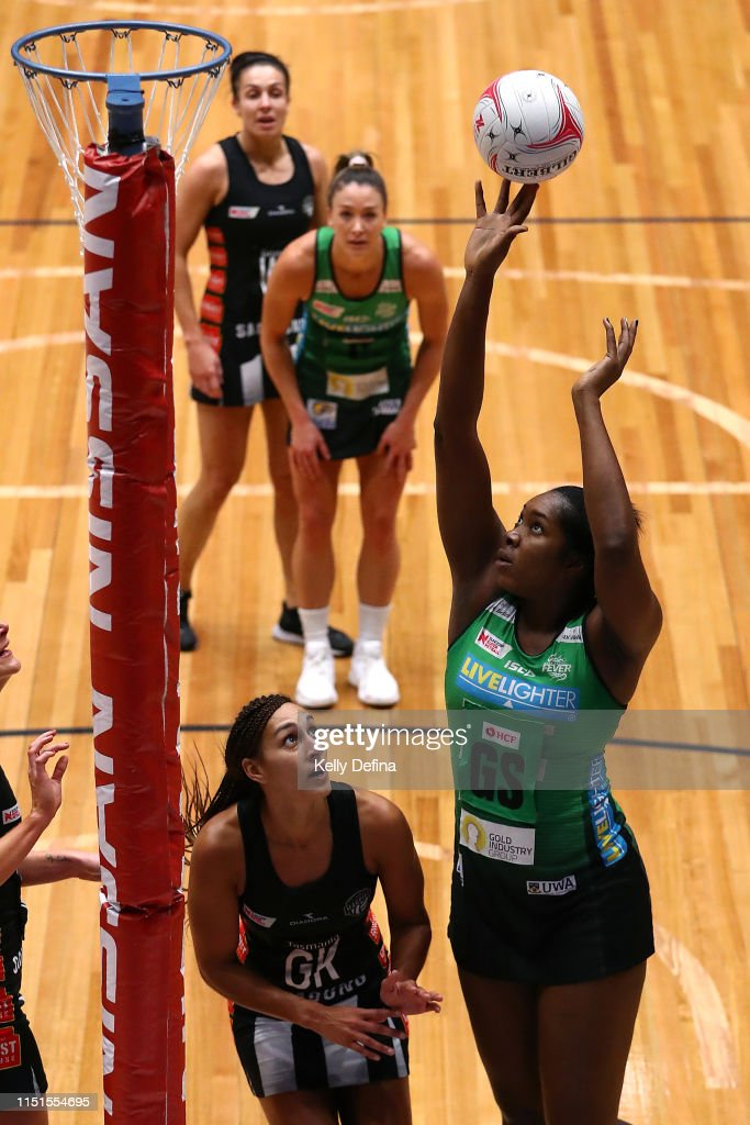 Super Netball Rd 5 - Magpies v Fever : News Photo